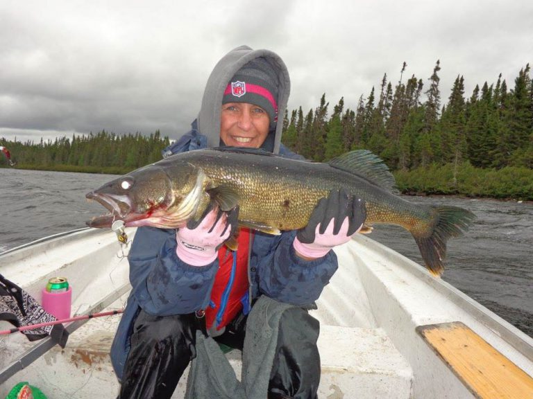 Nadine Beaulieu 8lbs walleye lake Impossible
