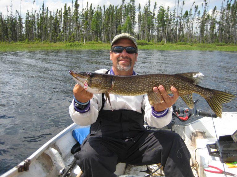 Robert Bolger gr. pike fishing Gouin 1